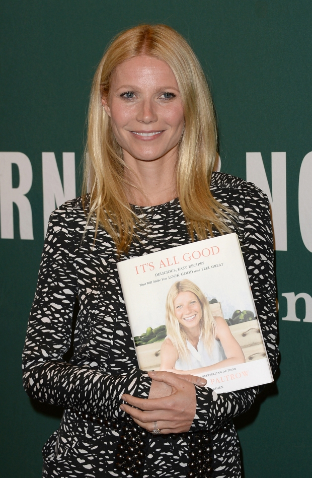 "Image: Gwyneth Paltrow Signs Copies Of Her New Book ""It's All Good: Delicious, Easy Recipes That Will Make You Look Good and Feel Great"""